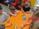 Przedszkolaki wykonały tematyczną pracę plastyczną metodą origami_1
