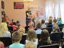 Dzieci odpowiadały na pytania i zgadywały zadane zagadki_1