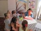 Dzieci ustawiły po autograf_1
