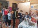 Dzieci otrzymały zakładki i autograf od Jakuba Skworza_1